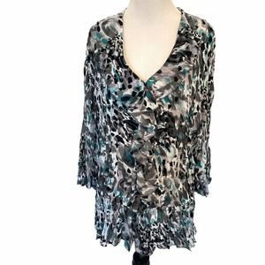 Violet & Claire Teal Gray White Ruffle Top Size 2X